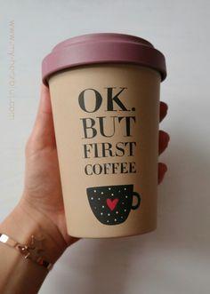 OK. But first Coffee. Diesen wunderschönen Kaffeebecher aus Bambus gibt es ebenfalls als #giveaway bei mir auf dem Blog :-)