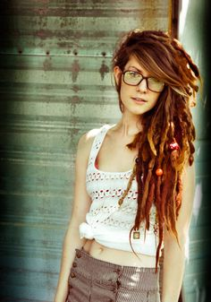 These are one of the prettiest dreads I've ever seen, love the bangs with them too!! so cute!!