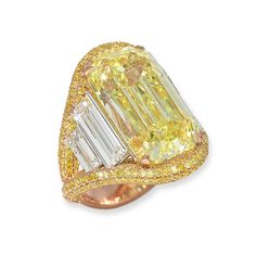 David Morris has stacked baguette-cut diamonds either side of a yellow diamond in this impressive cocktail ring (POA). Yellow Diamond Rings, Emerald Cut Diamonds, Diamond Cuts, Yellow Diamonds, Canary Diamond, Pink Sapphire, Jewelry For Her, High Jewelry, Yellow Jewelry
