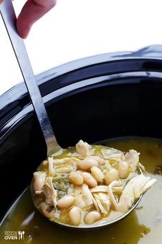 5-Ingredient Easy White Chicken Chili -- make it in the slow cooker or on the stovetop in minutes! | gimmesomeoven.com
