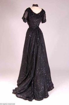 Dress, 1900-1905, Mode Museum.