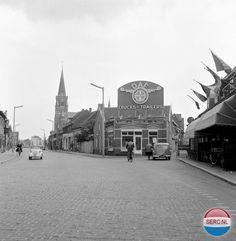 Boschdijk Eindhoven (jaartal: 1960 tot 1970) - Foto's SERC Eindhoven, Ww2, Big Ben, Black And White, History, City, Building, Volvo, Garage