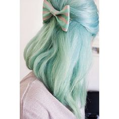 40 Chicks With Cool Mint Dyed Hair