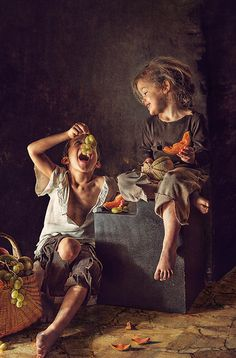 Photograph Boy and girl eating grapes and melon has been submitted to PhotoExtract& main photography gallery by Samuel Monot. Children Photography, Art Photography, Photography Gallery, Foto Art, Beautiful Paintings, Aesthetic Art, Belle Photo, Oeuvre D'art, Art For Kids