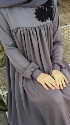 Люблю это, # любовь - - Tesettür Ayakkabı Modelleri 2020 - Tesettür Modelleri ve Modası 2019 ve 2020 Hijab Style Dress, Modest Fashion Hijab, Modern Hijab Fashion, Muslim Women Fashion, Hijab Fashion Inspiration, Abaya Fashion, Estilo Abaya, Hijab Evening Dress, Moslem Fashion