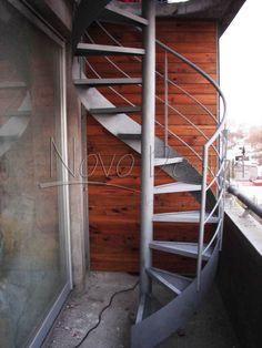 escaleras caracol con cinta helicoidal Venta de Escaleras y Barandas - Novo Design