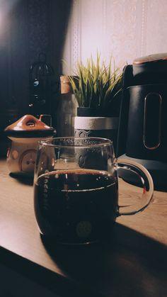 Coffee Cafe, Coffee Humor, Coffee Quotes, Drink Coffee, Fred Instagram, Story Instagram, Coffee Instagram, Sweet Coffee, I Love Coffee