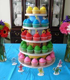 yo gabba gabba party. love the simple bright colors.