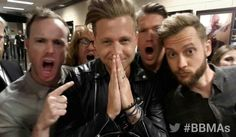One Republic backstage at the 2014 Billboard Music Awards. Ryan Tedder, Eddie Fisher, Live Television, The Power Of Music, Beautiful Lyrics, One Republic, Billboard Music Awards, Japanese Men, Types Of Music