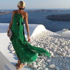 Tonight in my favorite green dress from @theknls  #santorinistyle #santorini #greece