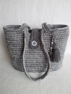 Crotchet Bags, Knitted Bags, Tote Purse, Clutch Bag, Crochet Stitches, Crochet Patterns, Free Crochet, Knit Crochet, Homemade Bags