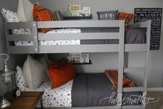 boys arrow quilt | The little pennants are from etsy and mom just strung them together ..