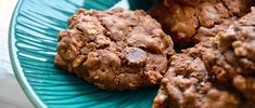 Chocolate Banana Oatmeal Cookies Recipe via @dailyburn