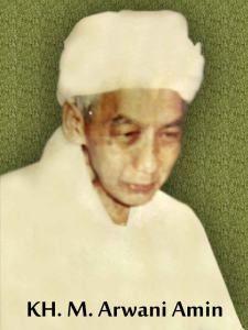 Biografi KH. M. Arwani Amin Kudus