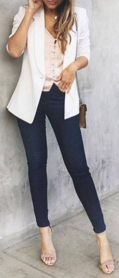 Easy Spring Outfits Can Wear To Work 25