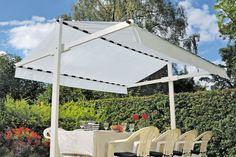 Tendone da giardino | Come costruirlo: tutti i passaggi Patio Yard Ideas, Gardening Gloves, Pergola Shade, Terrazzo, Sunroom, Stairs, Backyard, Outdoor Structures, Creative