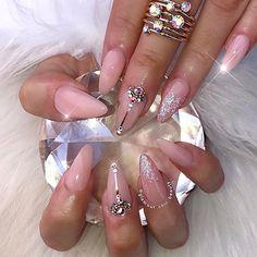 ✨ Everlasting Love ✨ #glamourchicbeauty #glamourchic #gcnails #goldcoastnails #glitternails #swarovskinails #blingnails #nudenails #prettynails #nailart #nailartclub #nailartoohlala #nailsonpoint #nails #nailsoftheday #nailsofinstagram #nailswag #nailsmagazine #nailprodigy #nailpro #nailporn #nailpromag #nailedit #nailit #nailitmag #nailfashion #swan_nails #thenaillife_ #hudabeauty #vegas_nay