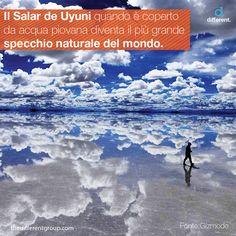Il Salar de Uyuni (Bolivia) è la più grande distesa salata del mondo, un enorme deserto di sale grande approssimativamente quanto l'Abruzzo: nei suoi 10.582 km² contiene circa 10 miliardi di tonnellate di sale, rappresenta un terzo delle riserve di litio del pianeta e crea il più grande specchio del mondo.