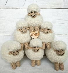 Crochet Sheep, Crochet Animals, Crochet Yarn, Crochet Toys, Cute Lamb, Christmas Crafts For Gifts, Religious Gifts, Crochet Gifts, Knit Patterns