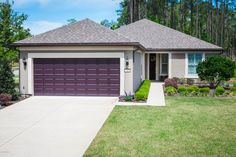 FOR SALE 23 WOODHURST DR, PONTE VEDRA, FL 32081 Contact George L. Ballou, II for additional information: (904) 687-6140.