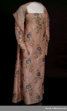 Dress, made of Spitalfields fabric dating from 1740-1750, made in 1809.