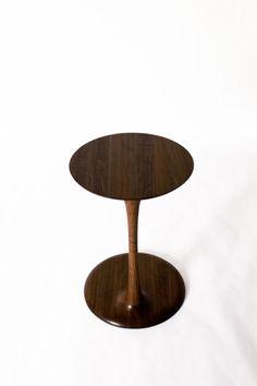 곡선가구 Side Table : 네이버 블로그 Table, Furniture, Home Decor, Decoration Home, Room Decor, Tables, Home Furnishings, Home Interior Design, Desk