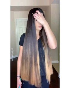 VIDEO on Instagram Straight Hairstyles, Braided Hairstyles, Long Hair Video, Beautiful Long Hair, Beautiful Women, Japanese Hairstyle, Super Long Hair, Silky Hair, Shoulder Length Hair