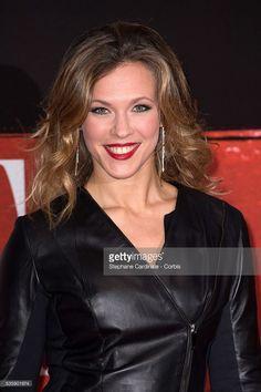 Photo d'actualité : Singer Lorie attends the 'Malavita' premiere at...