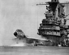/via Kemon01 #flickr #plane #1950s #USN #F7U #Cutlass