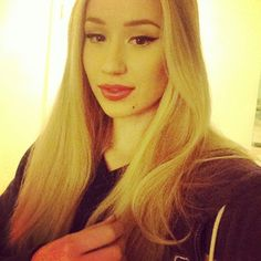 How Does Iggy Azalea Deal with Haters?