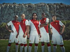 Sentimental D'Marge football club favourites AS Monaco FC and Nike have revealed the club's new strip for the season. As the AS Monaco FC aims to b Football Kits, Nike Football, Football Jerseys, Football Season, As Monaco, Football Fashion, Football Outfits, James Rodriguez, Monte Carlo
