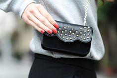 #BettyxLancaster #mini #clutch #bag #rednails #lancasterparis #lancaster (Pic by 101 Things Girls Like)