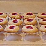 Desserts – Page 3 – Bon b'bé? Desserts With Biscuits, Cookie Desserts, No Bake Desserts, Cookie Recipes, Dessert Recipes, Biscuit Bar, Biscuit Cookies, Confort Food, Super Cookies