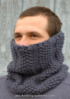 This quick and simple knit cowl pattern is a winter classic. Not only is it a basic cold weather knit, the Steel Gray Cowl is a classic that will never go out of style. This easy neck warmer has… Knitting Patterns Free, Free Knitting, Free Crochet, Knit Crochet, Crochet Patterns, Cowl Patterns, Free Pattern, Knitting Ideas, Knitting Projects