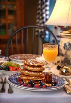 Burlington's Willis Graves Bed & Breakfast Inn - Burlington, Kentucky. Burlington Bed and Breakfast Inns