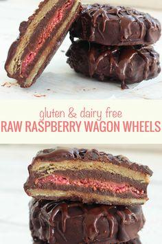 Gluten, dairy free and vegan raw raspberry and chocolate wagon wheel recipe. Yum!!! #GF #desserts