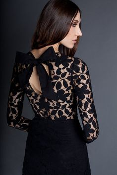 Gorgeous sexy little number~ The perfect Party Dress or everyday!