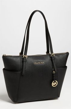 MICHAEL Michael Kors 'Jet Set' Leather Tote from Nordstrom. Shop more products from Nordstrom on Wanelo. Stylish Men, Stylish Outfits, Fall Outfits, Girls Dream, Fashion Lookbook, Michael Kors Jet Set, Purses And Bags, Prada, Nordstrom
