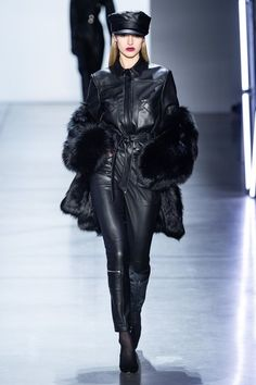 Model: Sophie Longford Designer: Sally LaPointe (Fall 2019 ready-to-wear) Where: New York Fashion Week Fashion Week, Fashion 2020, Runway Fashion, Winter Fashion, Fashion Outfits, Fashion Trends, Rebel Fashion, Avantgarde Mode, Leder Outfits