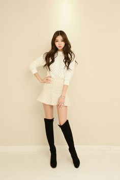 Punch Loose Knit Top