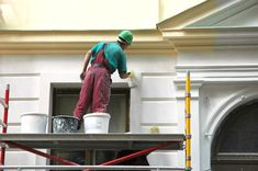 Goodman Painters today is considered as one of the most reputed brands across Auckland for exterior house painting services. We provide high quality Residential Painting services for you house. House Paint Exterior, Interior And Exterior, Exterior Siding, Building Exterior, Interior Design, Renovation Paris, Exterior Painters, Local Painters, House Painters
