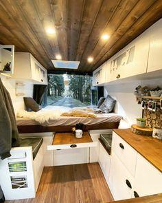 #35 – Balu - Vans of Germany #campingideas #camping Sprinter Camper, Vw Lt Camper, Build A Camper Van, Ford Transit Camper, Mini Camper, Camper Life, Van Conversion Interior, Camper Van Conversion Diy, Minivan Camping