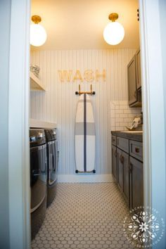41 Beautifully Inspiring Laundry Room Cabinets Ideas to Consider Laundry Nook, Tiny Laundry Rooms, Laundry Room Cabinets, Laundry Room Organization, Laundry Room Design, Laundry Closet, Mud Rooms, Laundry Room Inspiration, Shelving Design