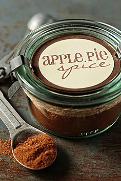 APPLE PIE SPICE 4 tablespoons ground cinnamon 1 1/2 teaspoons ground nutmeg 1/2 teaspoon ground allspice 1 teaspoon ground ginger 1 1/2 teaspoons ground cardamom