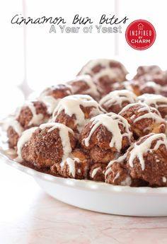 Cinnamon Bun Bites | #christmas #xmas #holiday #food #desserts