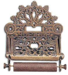 Baroque Toilet Tissue Dispenser via Victorian Trading Co. (lots of cool stuff on this website! Victorian Dollhouse, Victorian Homes, Victorian Era, Modern Victorian, Toilet Accessories, Home Accessories, Baroque, Victorian Bathroom, Victorian Toilet