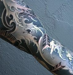 Man With Japanese Water Tattoo Sleeve Design Asian Tattoos, Love Tattoos, Body Art Tattoos, Tattoos For Guys, Water Tattoos, Japanese Water Tattoo, Japanese Sleeve Tattoos, Full Circle Tattoo, Totenkopf Tattoos
