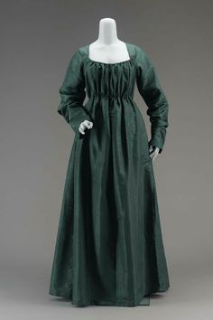 Round gown, silk lined with linen in the bodice, late 1790s, American.