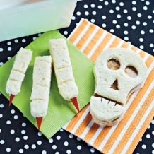 Google Image Result for http://spoonful.com/sites/default/files/styles/square_218x218/public/recipes/mwa-ha-ha-ha-midday-meal-halloween-recipe-photo-420-FF1010TRICKA07.jpg