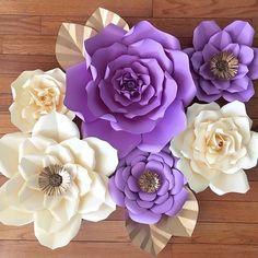 #paperflowers #paperflowerwall #flowerwall  #nursery #nurserydecor #decor #home #inspiration  #floresdepapel #etsy #etsyshop #handmade #madewithmichaels #lavender #makeitwithmichaels